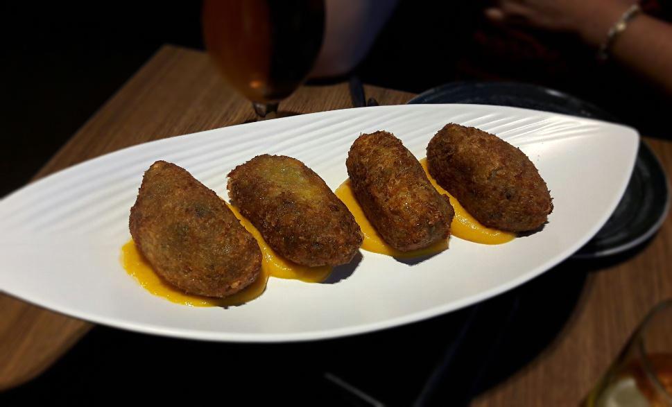 Restaurante-2-de-vins-el-prat-de-llobregat-croquetas
