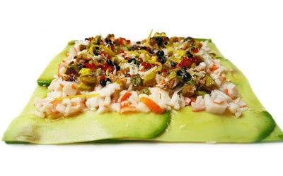 Carpaccio de aguacate con surimi