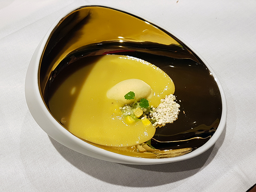 Restaurante Spoonik crema maiz