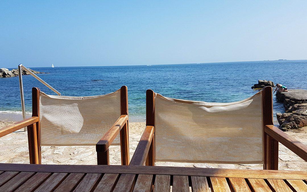 Tragamar. El restaurante en plena playa de Calella de Palafrugell